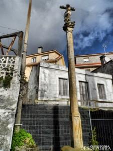CRUCEIRO DA RIVEIRIÑA, POBRA DO CARAMIÑAL